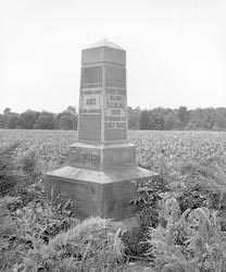 Group Of Wyandot Living In Ohio Gave Up Their Claim To 109 000 Acres In Northwestern Ohio And Moved To A Reservation In What Is Now Modern Day Kansas